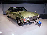 Mazda_roadpacer_1