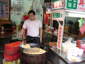 800pxstinky_tofu_vender_by_cottonti
